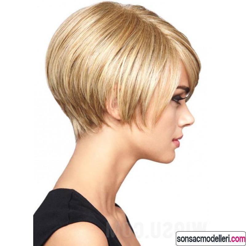 Düz ve ince saçlar için kısa saç modeli