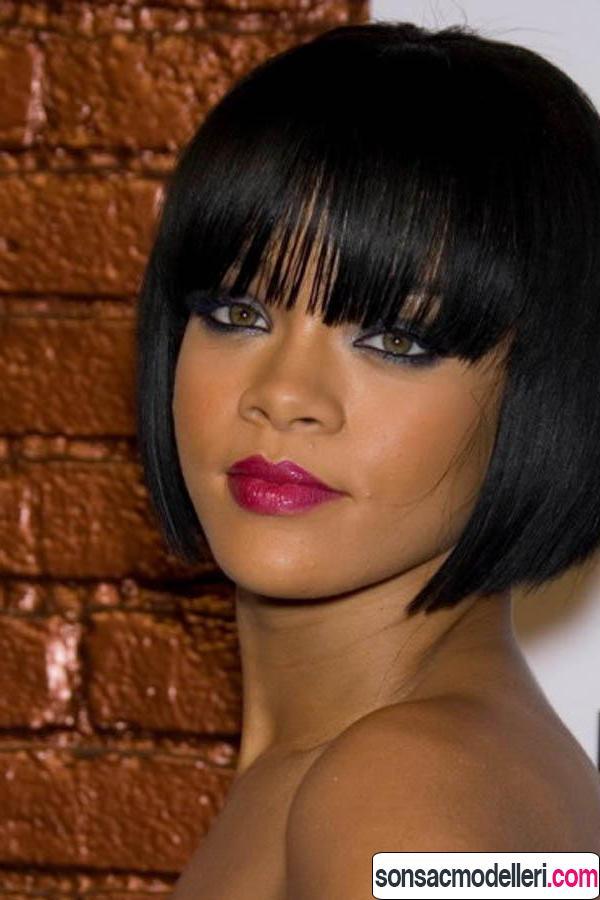 Rihanna kahküllü kısa saç kesimi