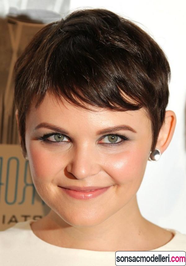 kalın saç tipleri için pixie kısa saç kesimi