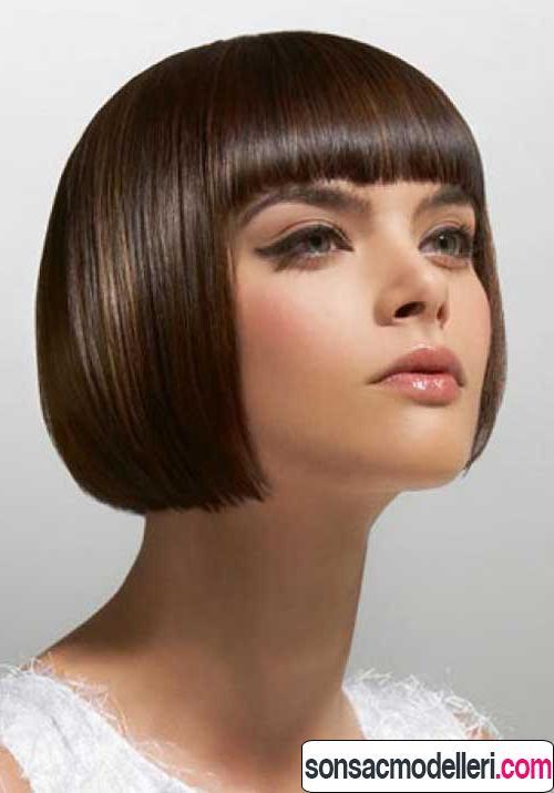Küt kahküllü saç modeli