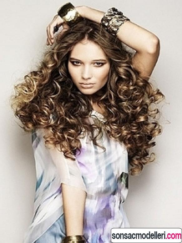 kıvırcık saç model örneği