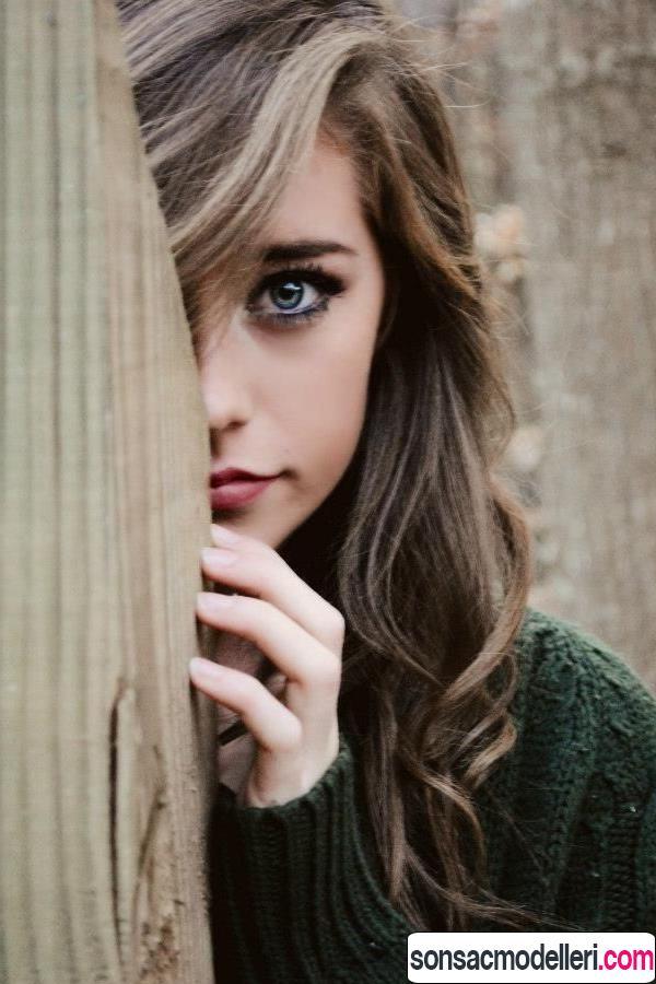 Ela göz kumral saç rengi