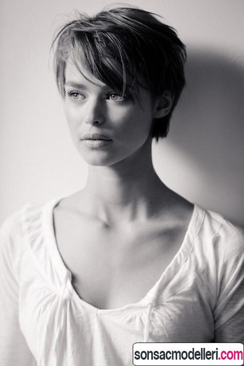 Katlı hoş kısa saç modeli