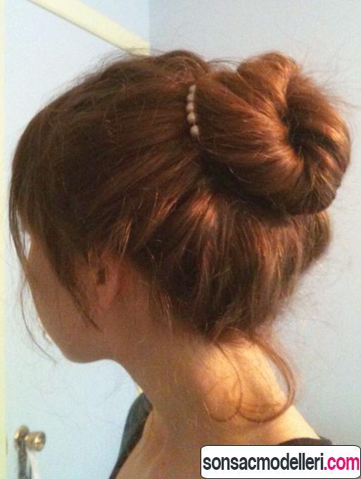 Bayan topuz saçı stili