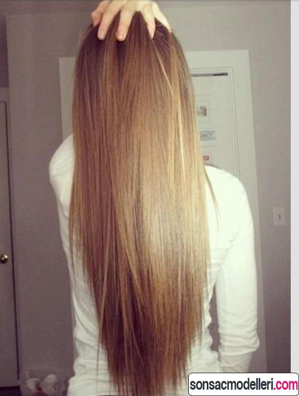 Düz ve uzun sağlıklı saç modeli