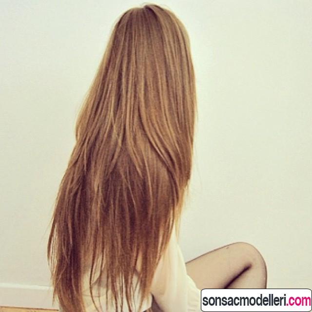 Çok uzun düz saç modeli