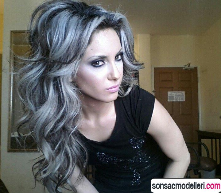 Siyah gri saç rengi