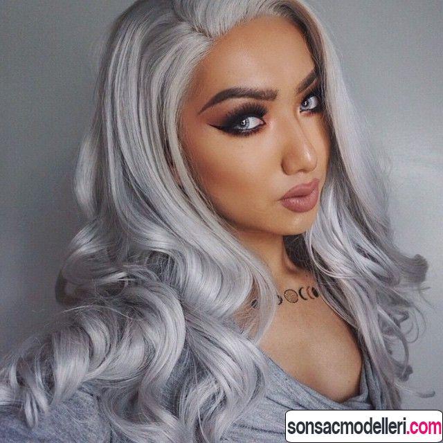 Metalik gri saç rengi