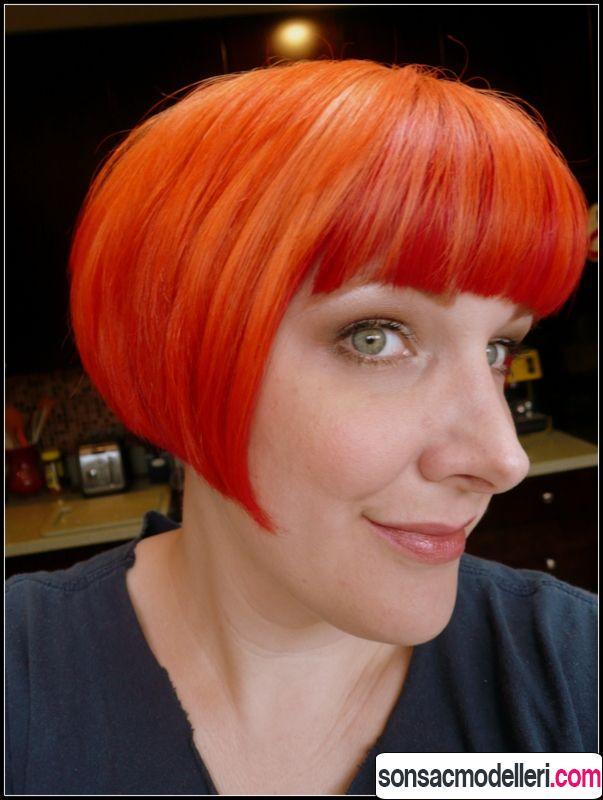 Neon turuncu saç