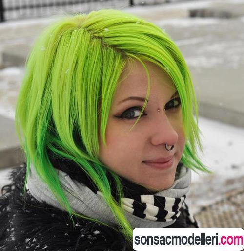 Neon yeşil saç