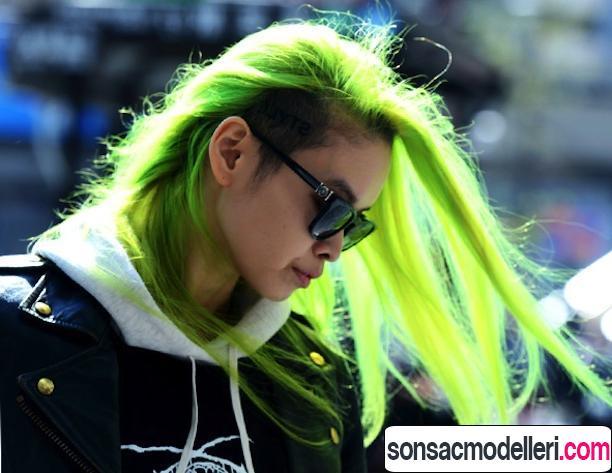 Neon yeşil saç modelleri