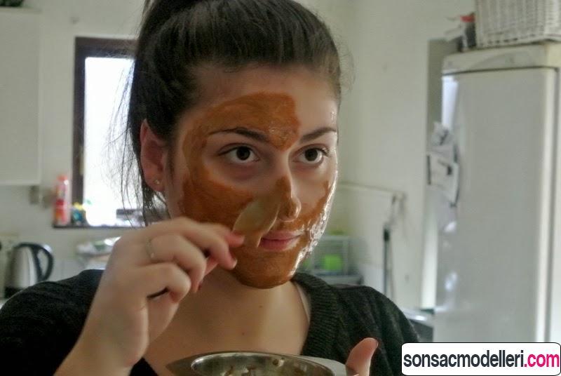 tarçın maskesi