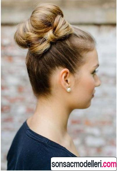 Kurdele topuz saç stili