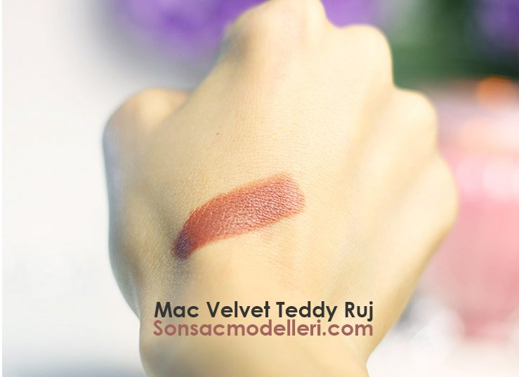 Mac Velvet Teddy Ruj tende