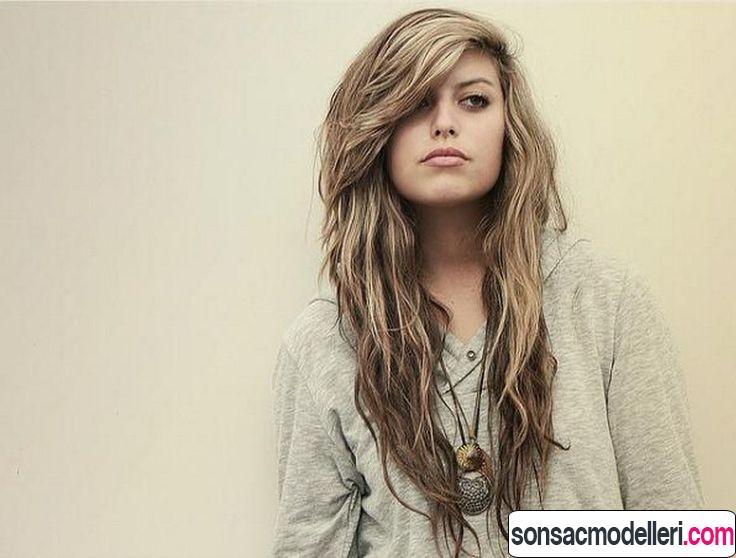 dalgalı uzun katlı saç