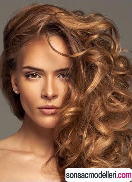 altın karamel saç