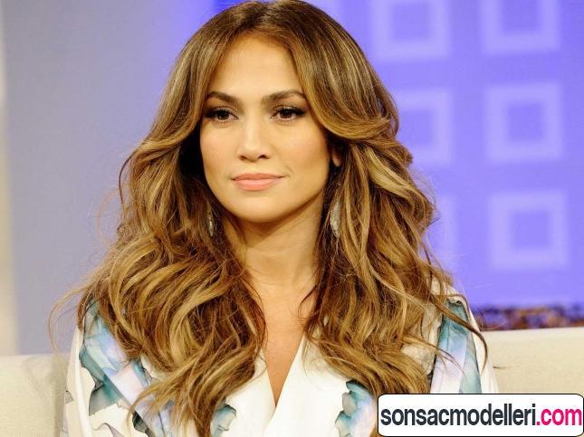Jennifer Lopez altın karamel saç rengi
