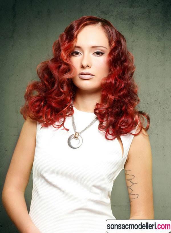 bögürtlen kırmızısı saç rengi