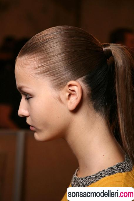 okul için at kuyruğu saç modelleri