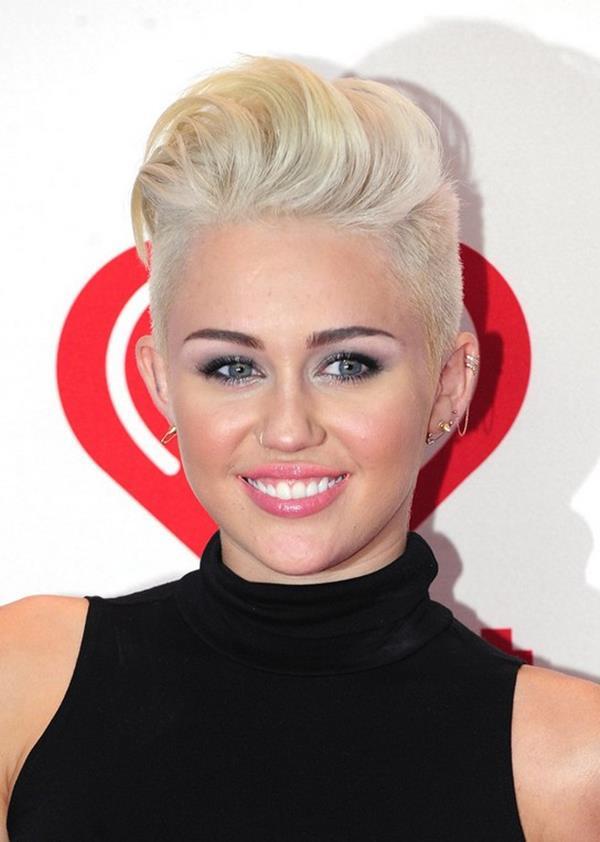 Miley Cyrus saç kesimi