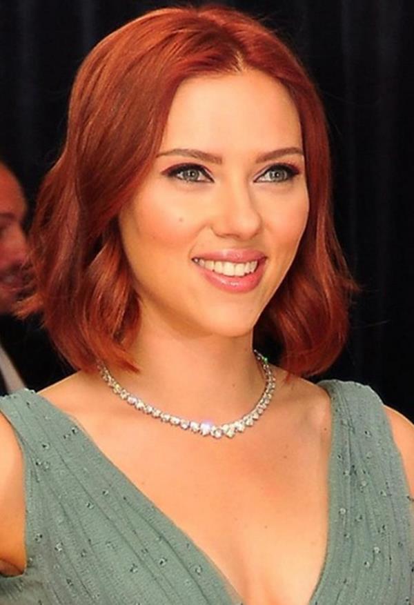 Scarlett Johansson saç kesimleri