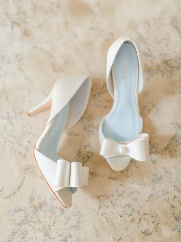 fiyonk kurdelalı gelin ayakkabısı