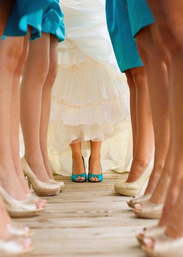 mavi gelin ayakkabısı renkli