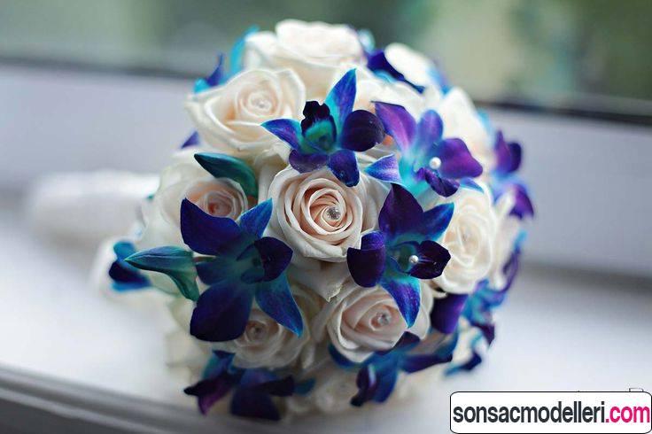 mavi çiçek buketleri