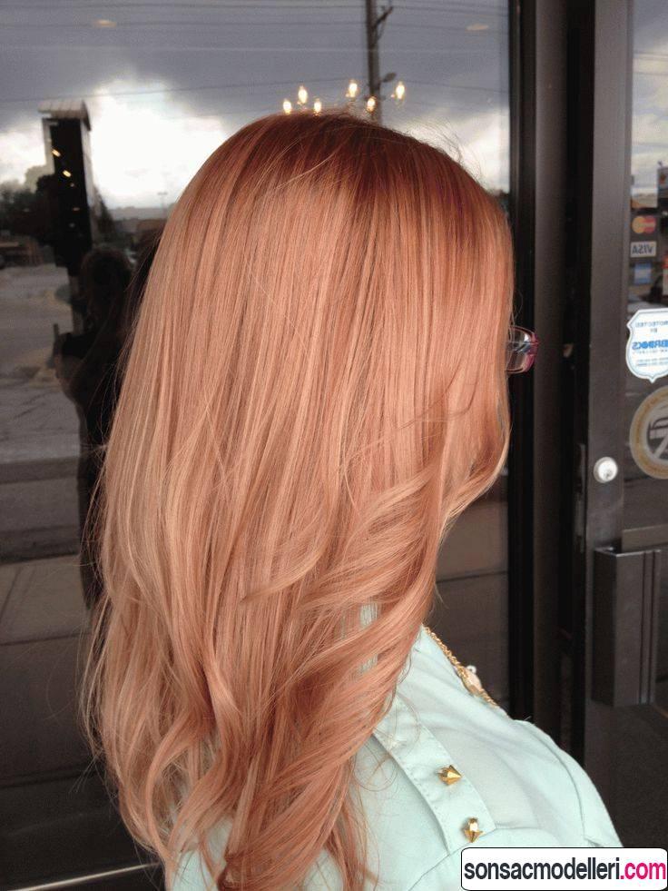 pembe altın saç rengi