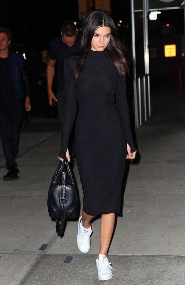 Kendall Jenner monokrom