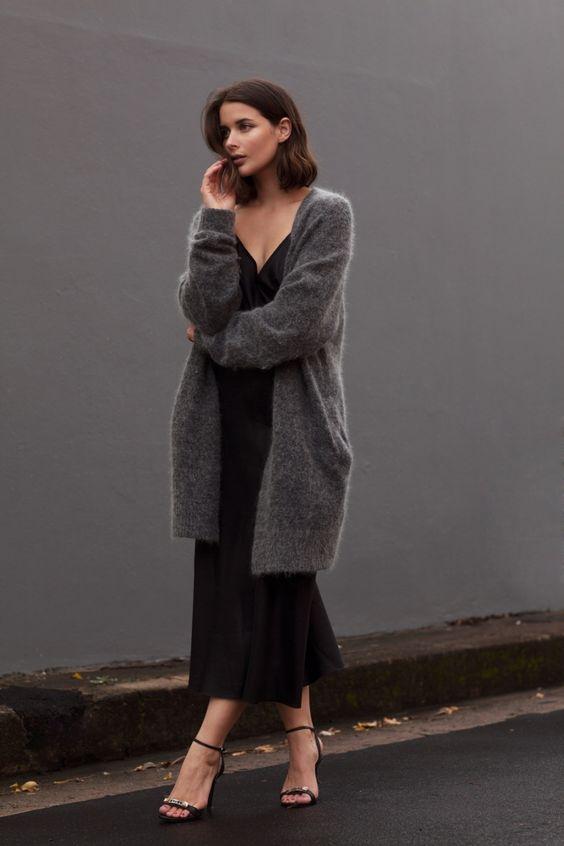 elbise ve uzun hırka kombini