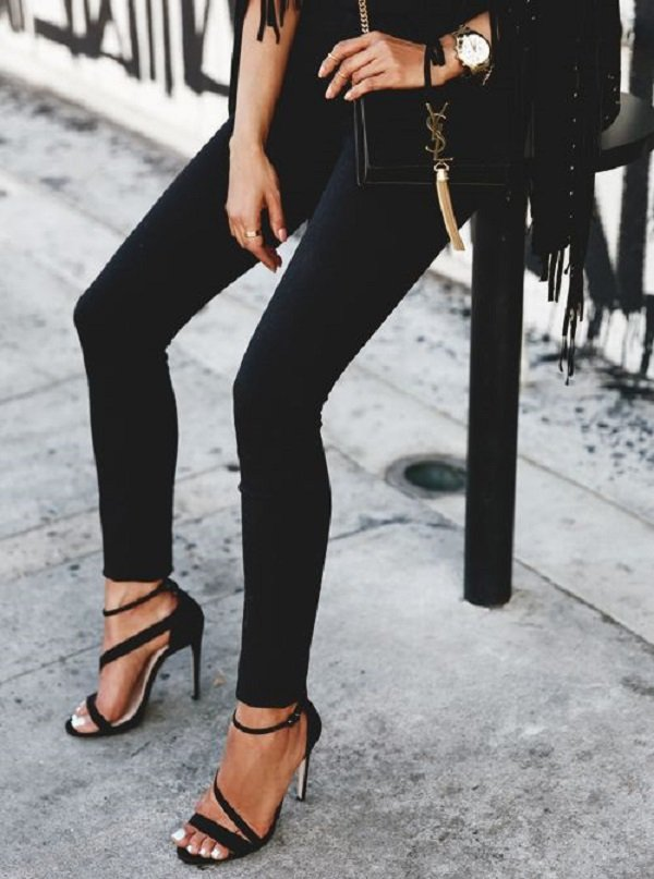 siyah jean pantolon kombinleri