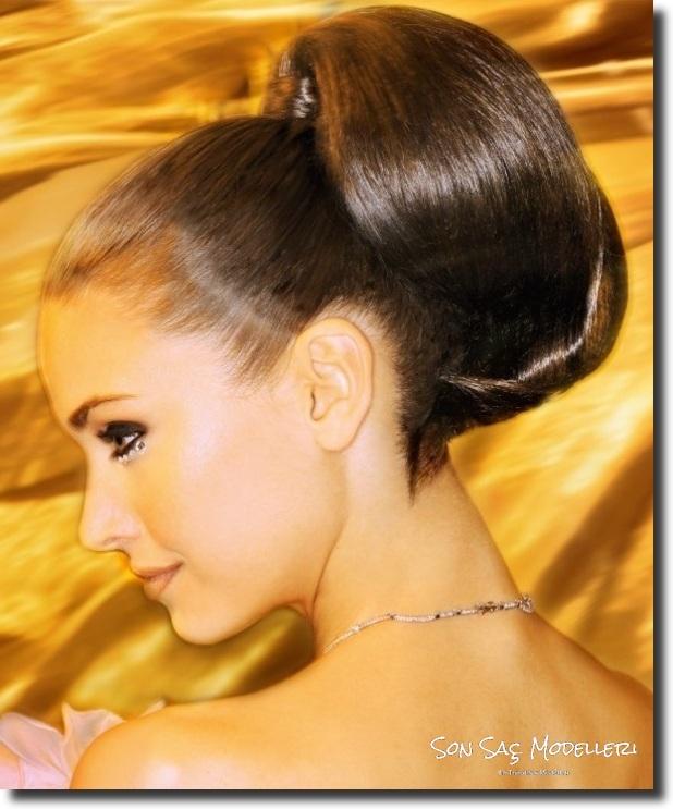 Stilinize Feminenlik Katacak Romantik Saç Modelleri (16)